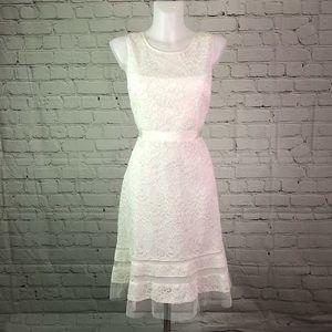 "NWT White ""Elaina"" BCBGMAXAZRIA Lace Dress Sz 8"